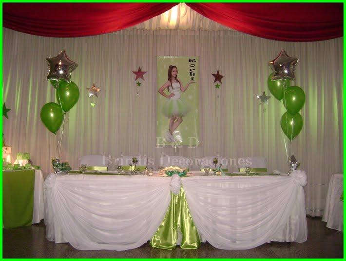 Decoraciones con telas y globos for Decoracion en jardin para 15 anos