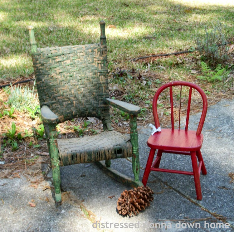 vintage children's chairs, vintage finds, thrift shop, giveaway winners, framed prints