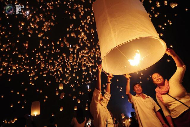 itpazim 021 أجمل مهرجانات العالم ''مهرجان المصابيح في تايلند '' سيذكرك بفيلم ديزني الشهير Tangled
