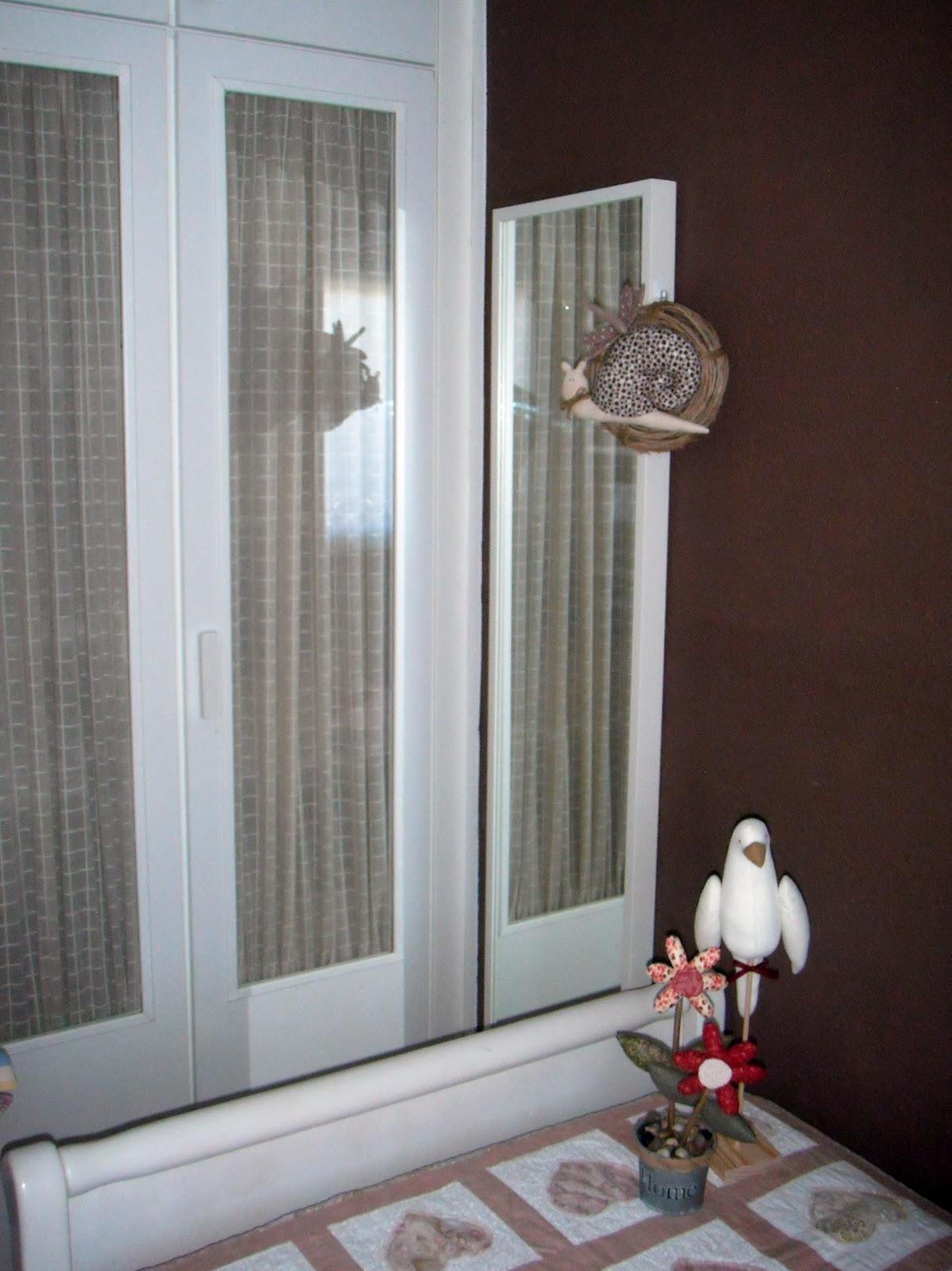 Lola y su buhardilla 05 13 13 - Visillos para puertas ...