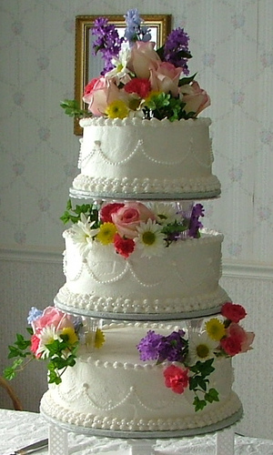 world of cakes french vanilla wedding cake. Black Bedroom Furniture Sets. Home Design Ideas