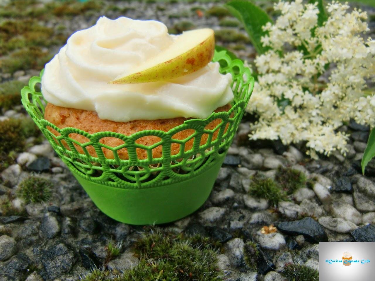 http://cecilecupcakecafe.blogspot.de/2014/06/apfel-holunderbluten-cupcakes.html