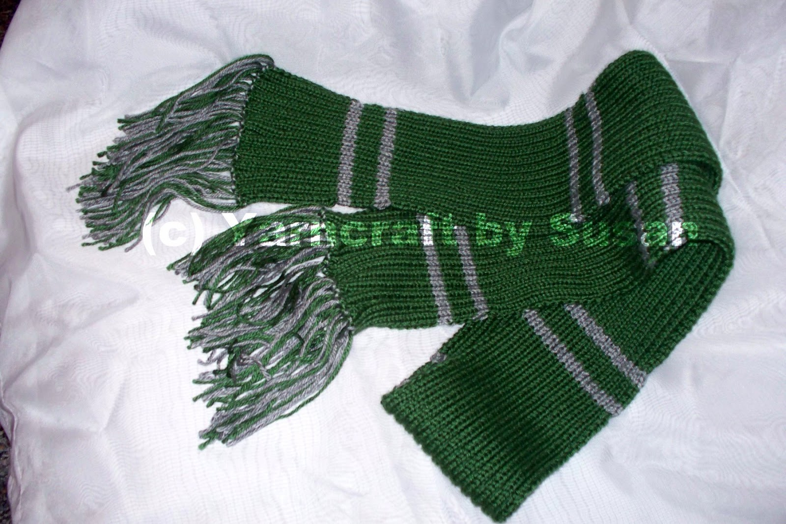 Knit Harry Potter Scarf Pattern : Yarncraft by Susan: Slytherin House scarf