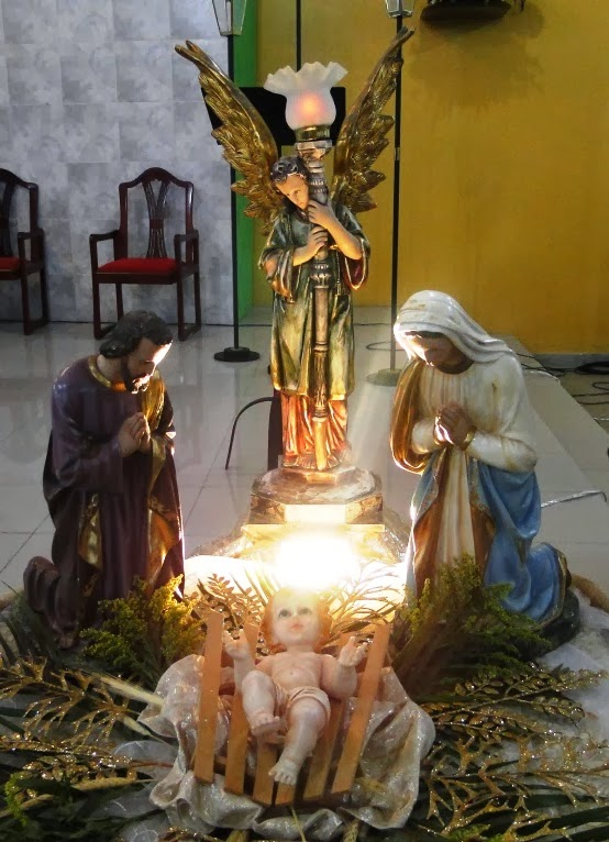 http://armaduradcristao.blogspot.com.br/2013/12/missa-de-natal-na-paroquia-menino-jesus.html
