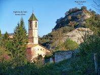 La rectoria i l'església de Sant Genís d'Orís sota el Puig Colomer