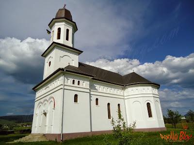 Biserica Hodosa Sat