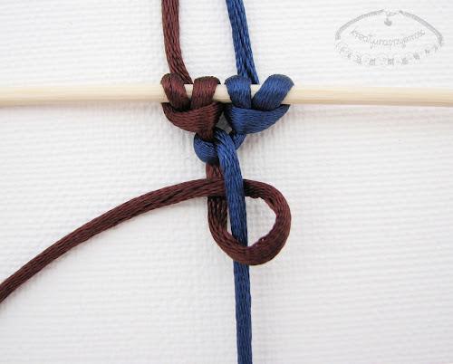 Słupek z węzłów łańcuszkowych - 4