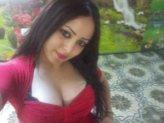 Arab Girls Showing Big Boobs