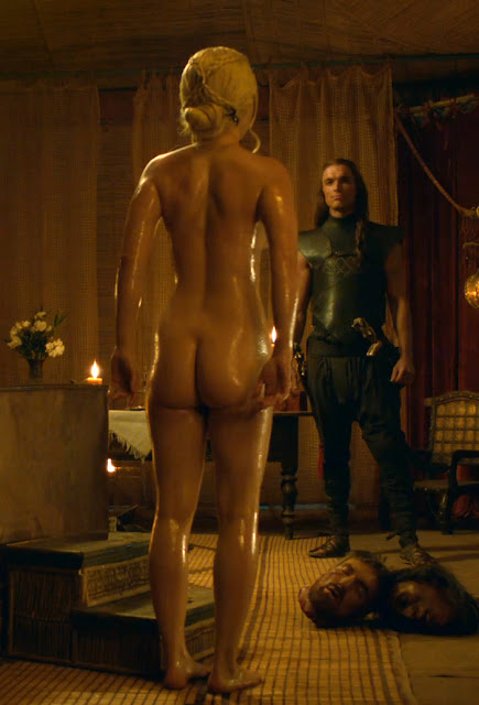 Emilia Clarke Nude S