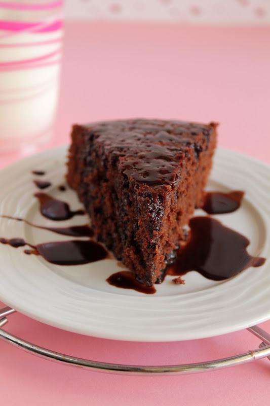 Chocolate-buttermilk-cake