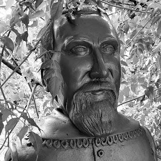 Busto de Johannes Kepler: astrônomo e matemático alemão. Formulou as leis da mecânica celeste.