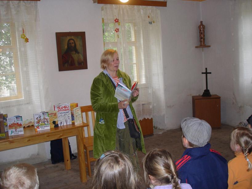 Dětský den na Krásné 2. 6. 2012 - spisovatelka Petra Braunová