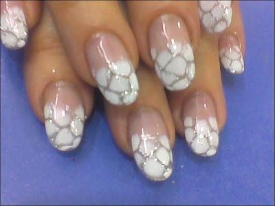 Les ongles en acrylique