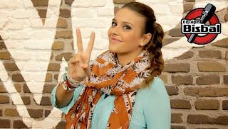 Paula Espinosa  la voz