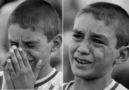 ام تضرب ابنها كل يوم ولكن لم يبكي الا بعد سنين ... فماذا حدث؟؟؟؟