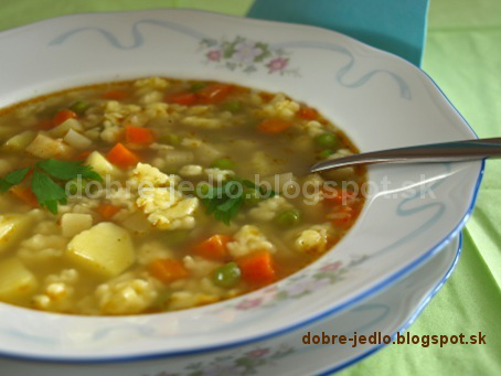 Zeleninová polievka s mrveničkou - recepty