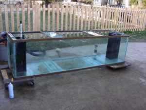 Giant aquariums wow 300 gallon fish aquarium must go for Fish tanks craigslist