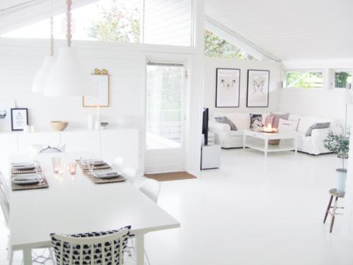 monderebelle apartment. Black Bedroom Furniture Sets. Home Design Ideas