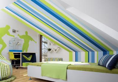 полосатый дизайн комнаты для подростка мальчика