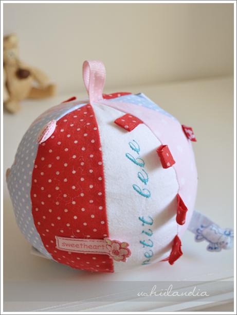 piłeczka dla niemowlaka DIY