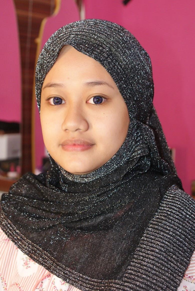 Make Dwitiya Sastrowijoyo Rias Pengantin Krudung Muslim