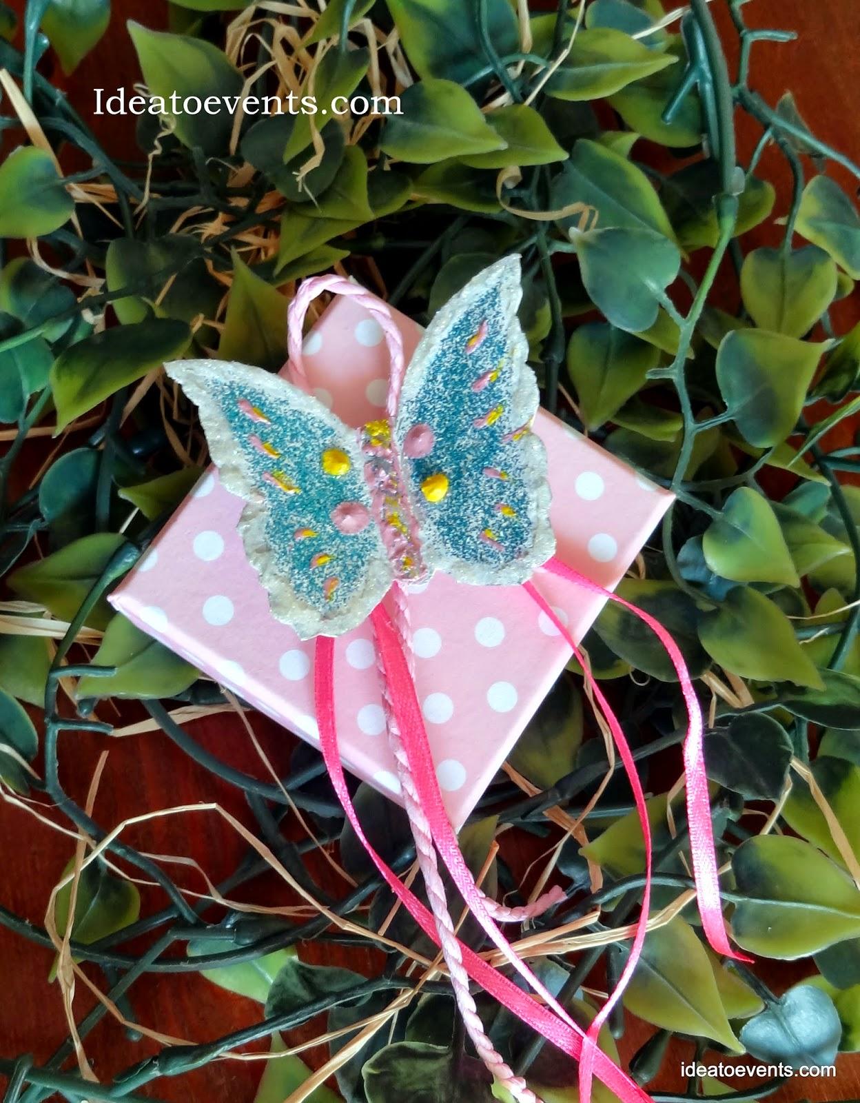 Μπομπονιέρα βάπτισης κουτακι πουα χειροποιητη πεταλουδα ζωγραφική