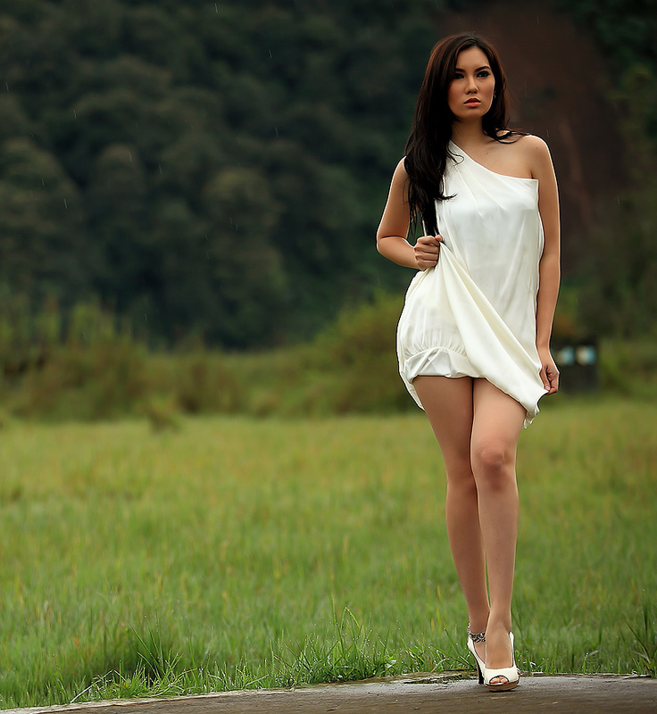 Download this Hot Model Indonesia Kennova Prawesty picture