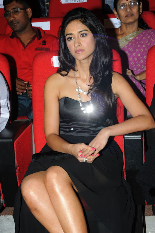 Ileana looking Hot Pictures At The Audio Launch Of Snehithudu Along With Others hot images