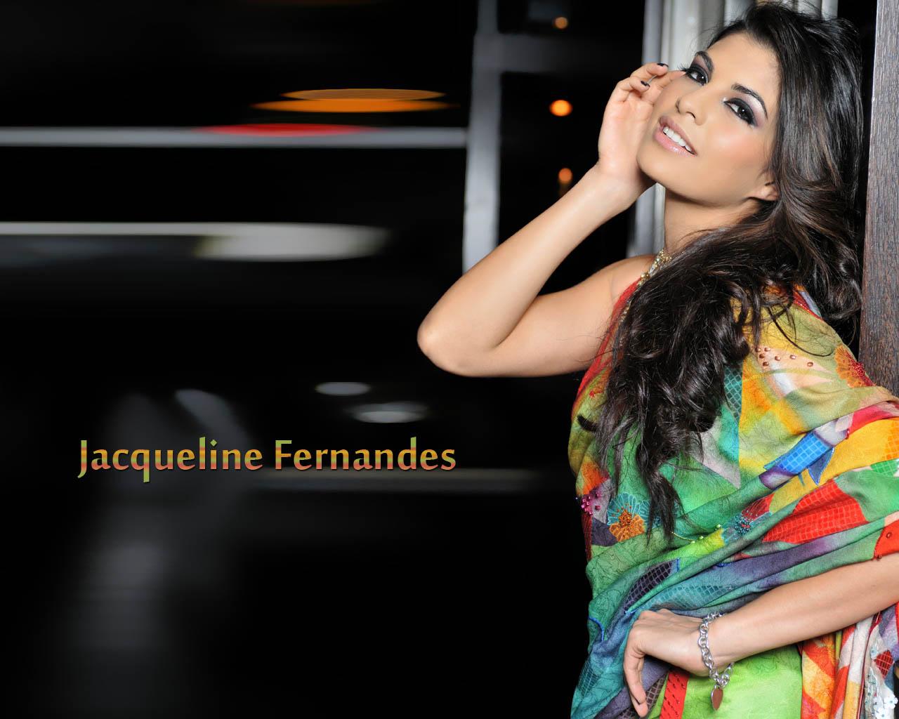 http://4.bp.blogspot.com/-Jn_EjFVkBWk/TWdVnXTV_rI/AAAAAAAAI5c/aJsAnfDXDMk/s1600/Jacqueline+Fernandes+Hottest+Pictures+Gallery-2.jpg