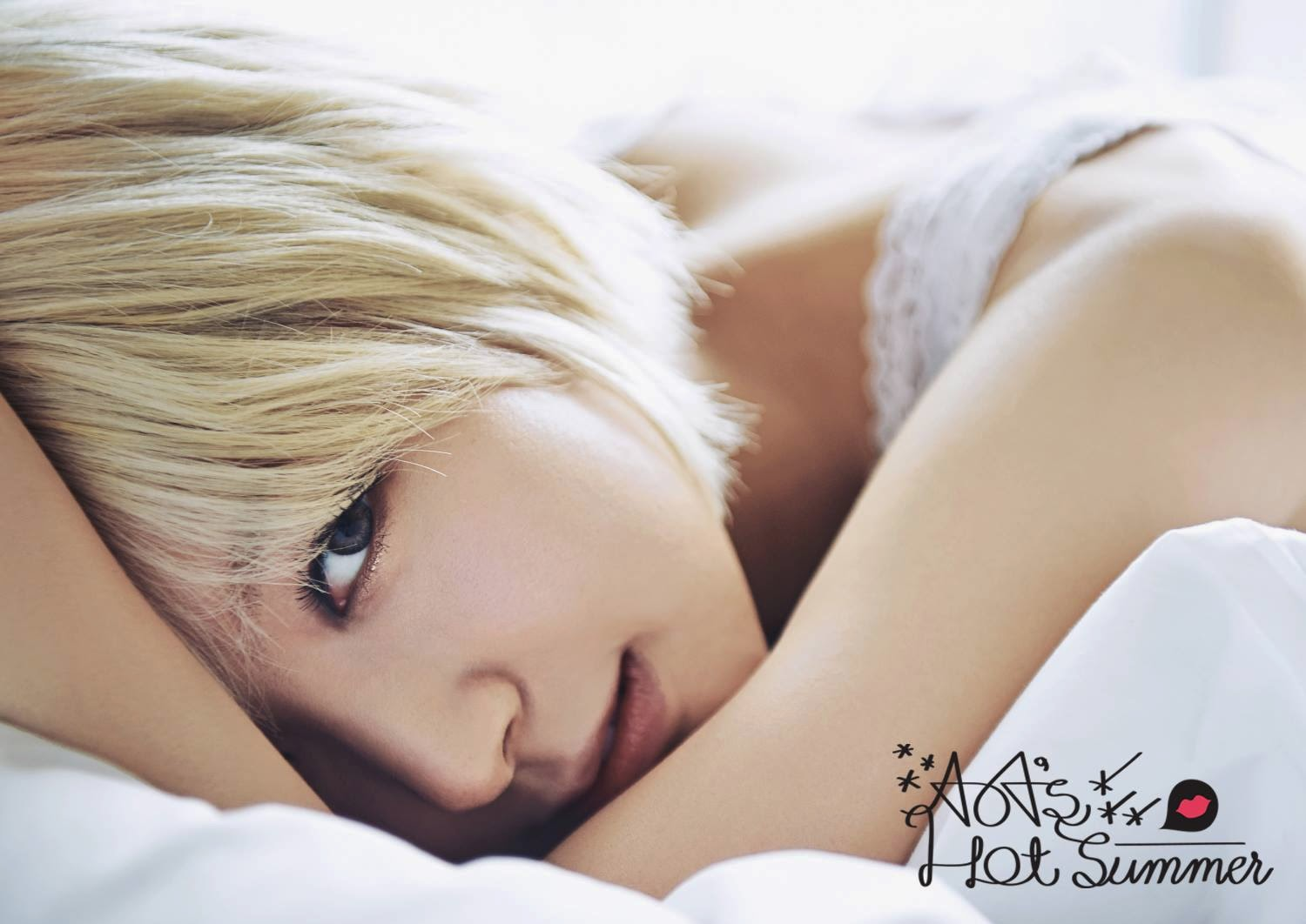 Choa AoA Photobook Hot Summer