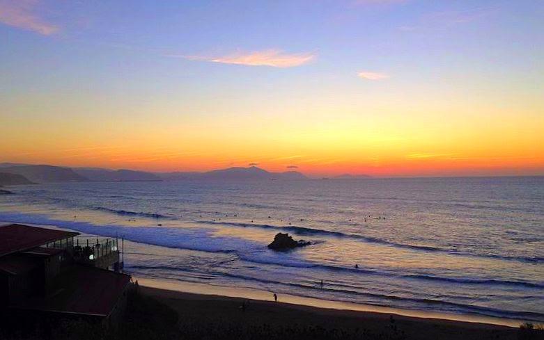 puesta de sol en sopelana