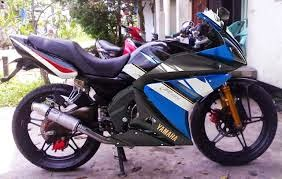 aksesoris-modifikasi-suzuki-thunder-full-fairing