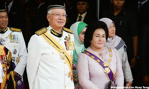 Rosmah mula diserang Blogger Pro UMNO nama Muhyiddin mula dinaikkan