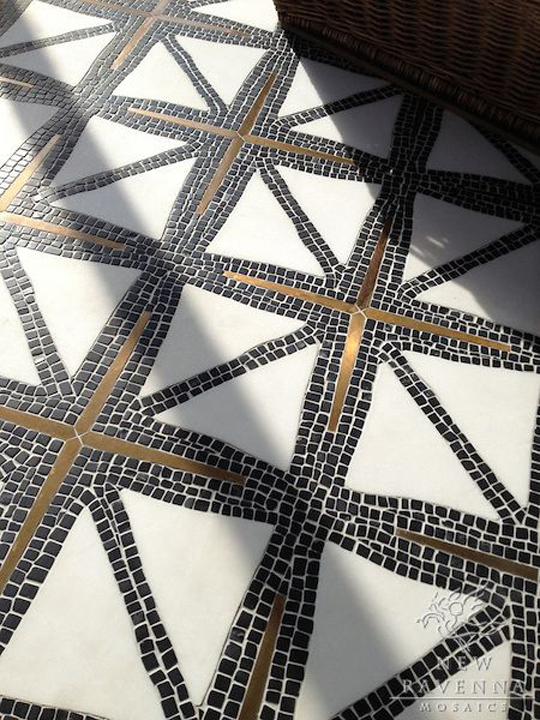 Mosaic floor tile