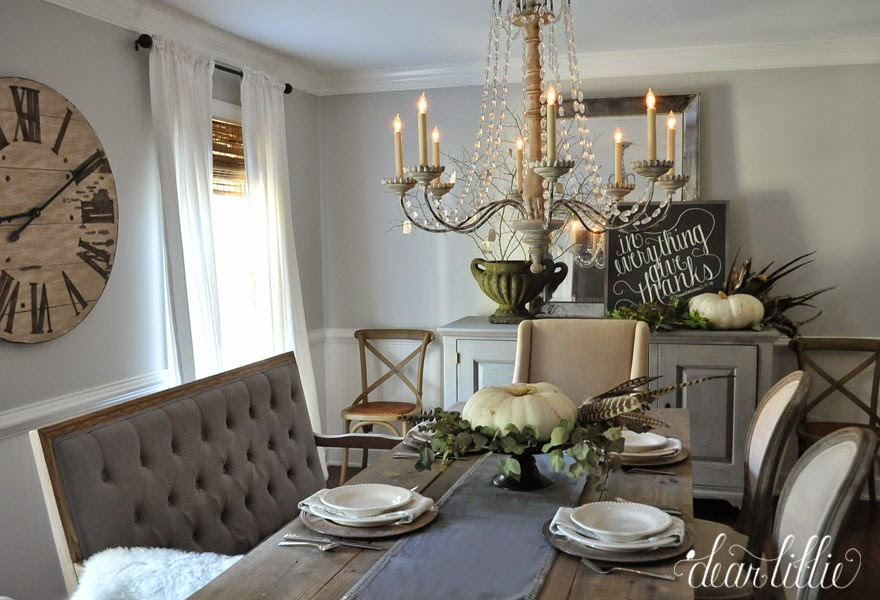 Dining Room Decorated for Thanksgiving (Dear Lillie) | Friday Favorites at www.andersonandgrant.com