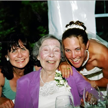 Mothers and Daughters... A Mother's Passing