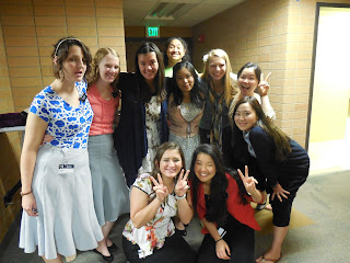 A bunch of us with the Korean sisters. They were so cute!