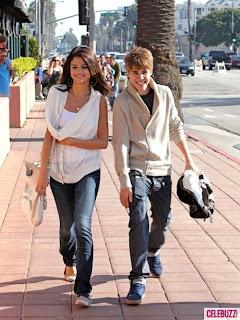 Selena Gomez & Justin Bieber hot song