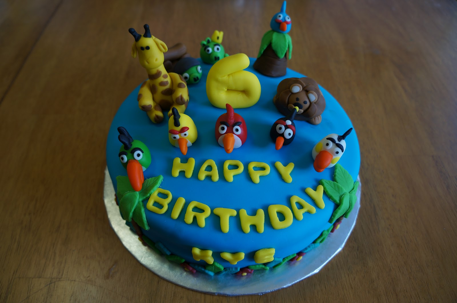 Sweet Jems Angry Birds Cakes