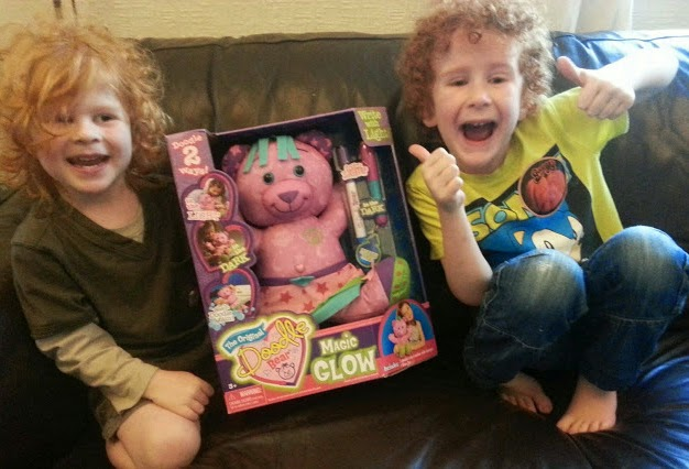 Magic Glow in the dark Doodle Bear review