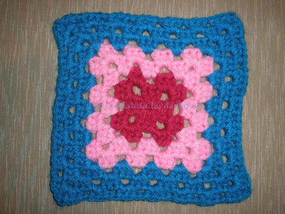 Granny estilo cuadradito de la abuela en turquesa, rosa y grosella
