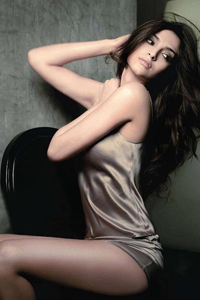 from Javon sonam kapoor hot sexy naked photo