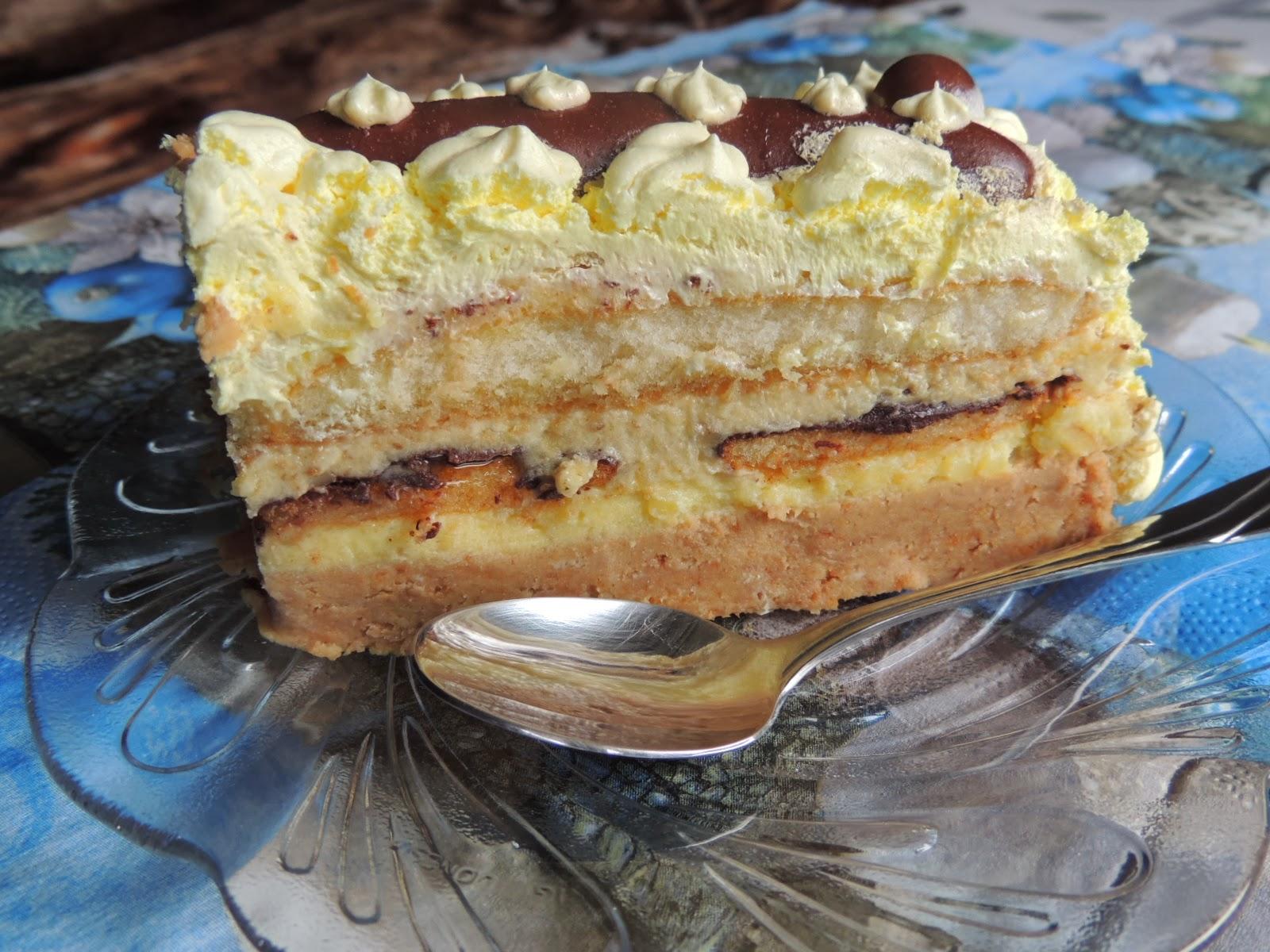 Kremasta jafa torta sa mlevenim keksom i piskotama
