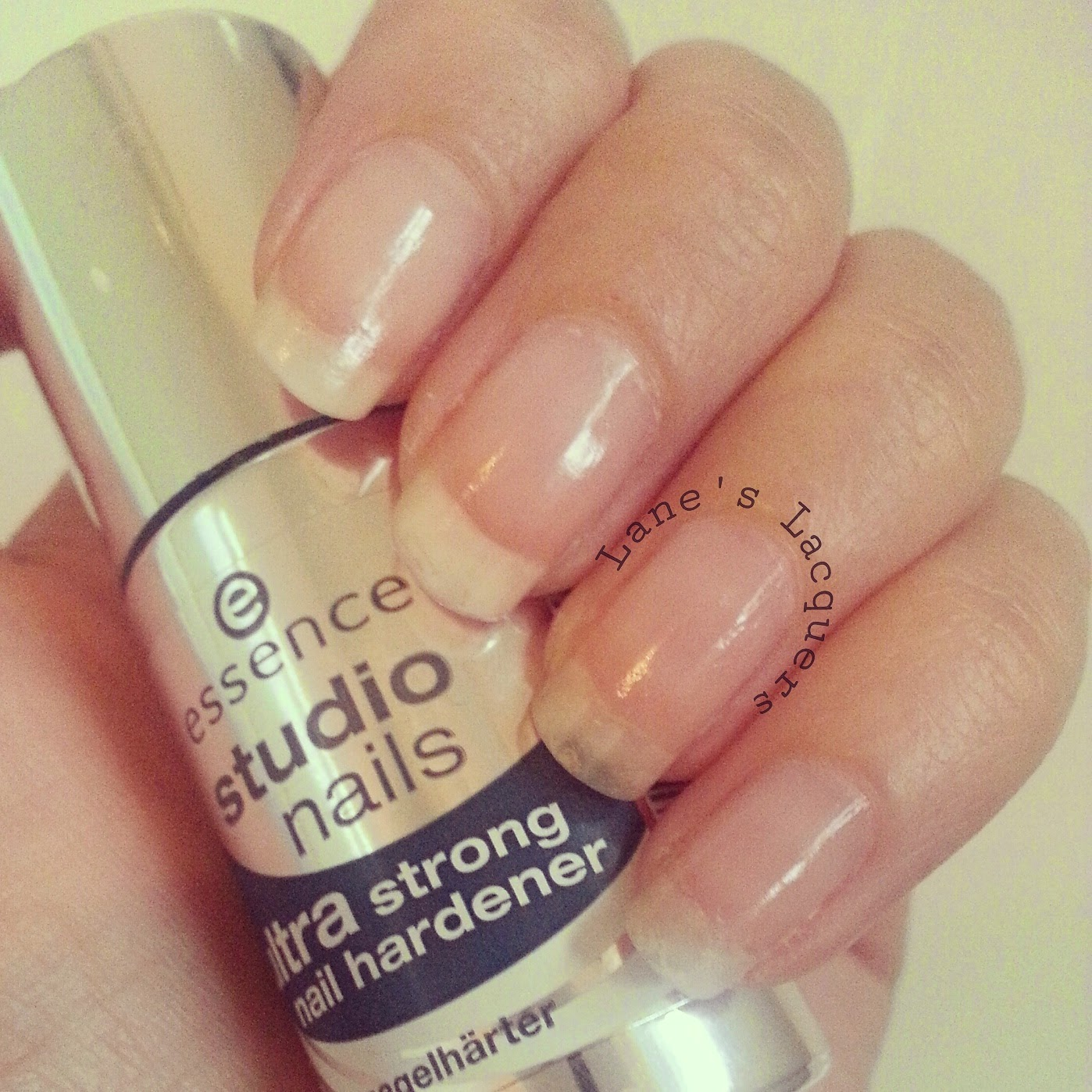 essence-ultra-strong-nail-hardener-natural-naked-nails