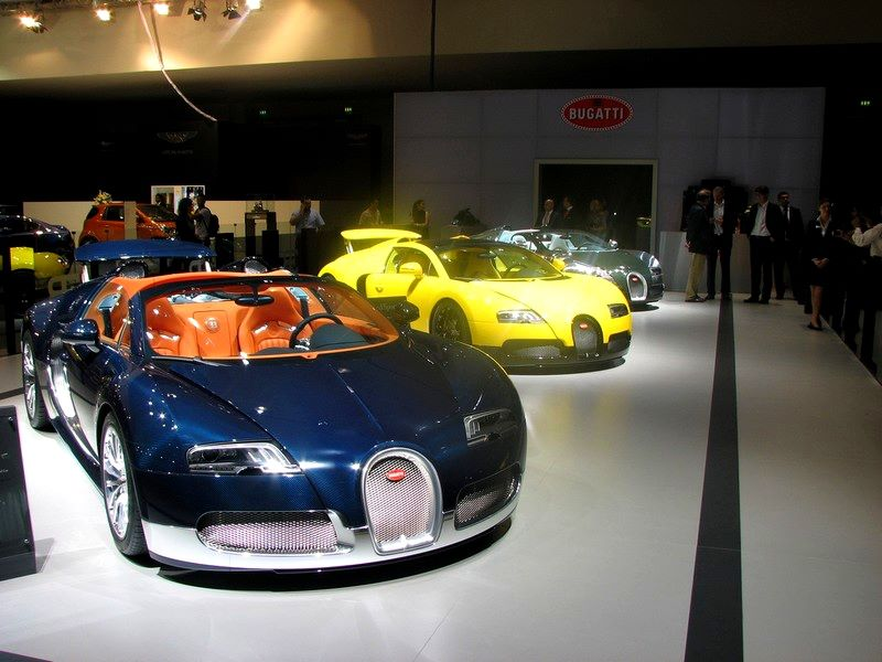 Bugatti Veyron 16.4 Grand Sport Super Sport New Colors.