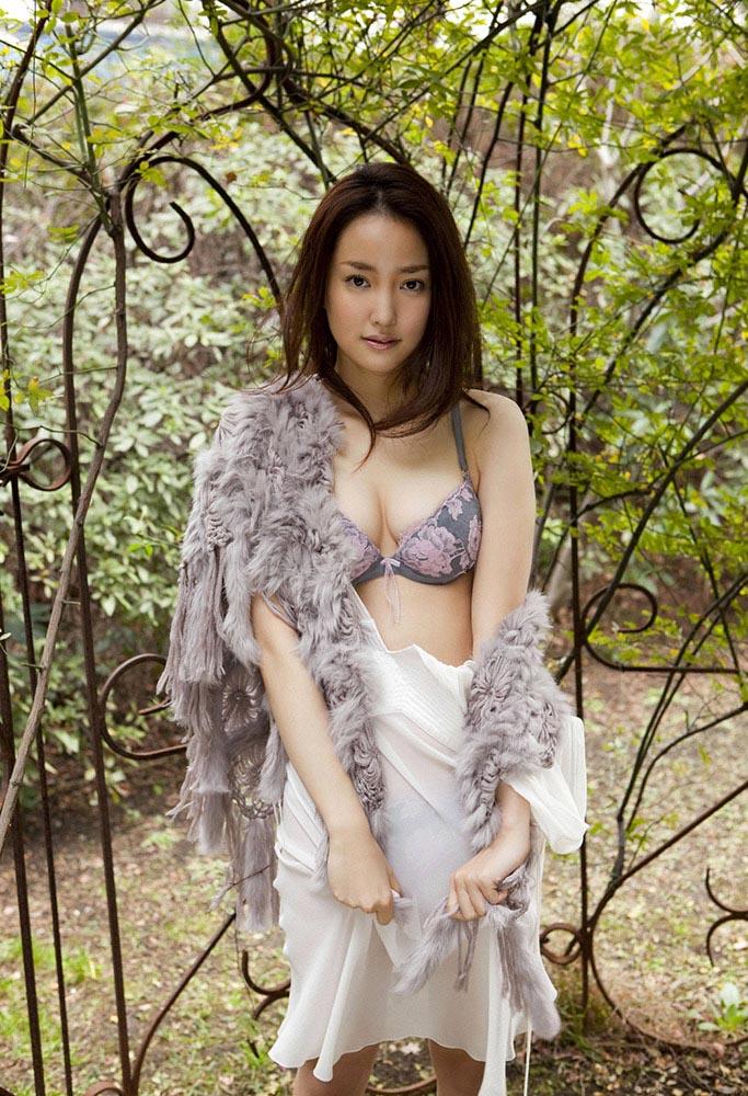 natsuko nagaike sexy lingerie photos 03