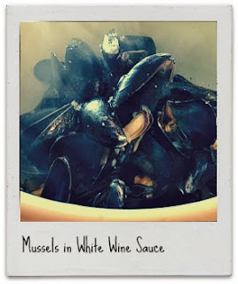 easy appetizer! mussels in white wine sauce