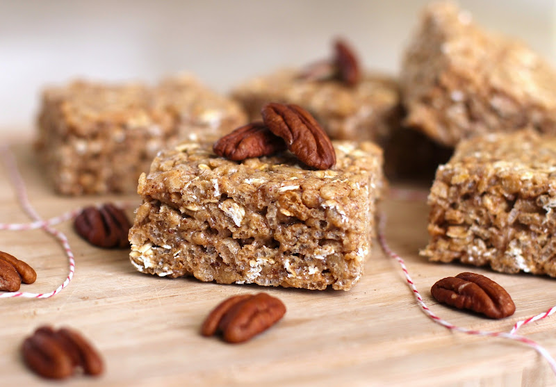 Healthy Maple Butter Pecan Krispy Treats (refined sugar free, high protein, gluten free)