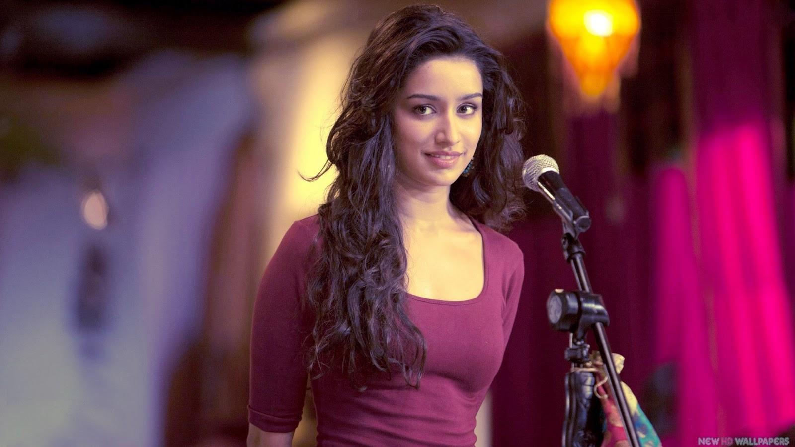 http://4.bp.blogspot.com/-Jp8UaSSBRno/UYPPhKipJtI/AAAAAAAAAH8/4Ncl2q0fuhQ/s1600/Shraddha-Kapoor-in-Movie-Aashiqui-2.jpg