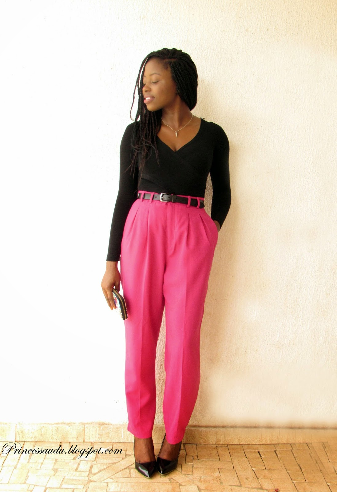 high-waist trousers, black pumps, pink, vintage, date night